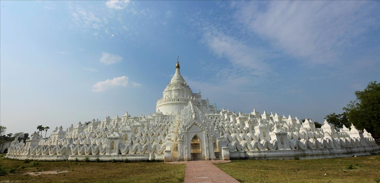 Chùa Trắng Hsinbyume ở cố đô Mandalay