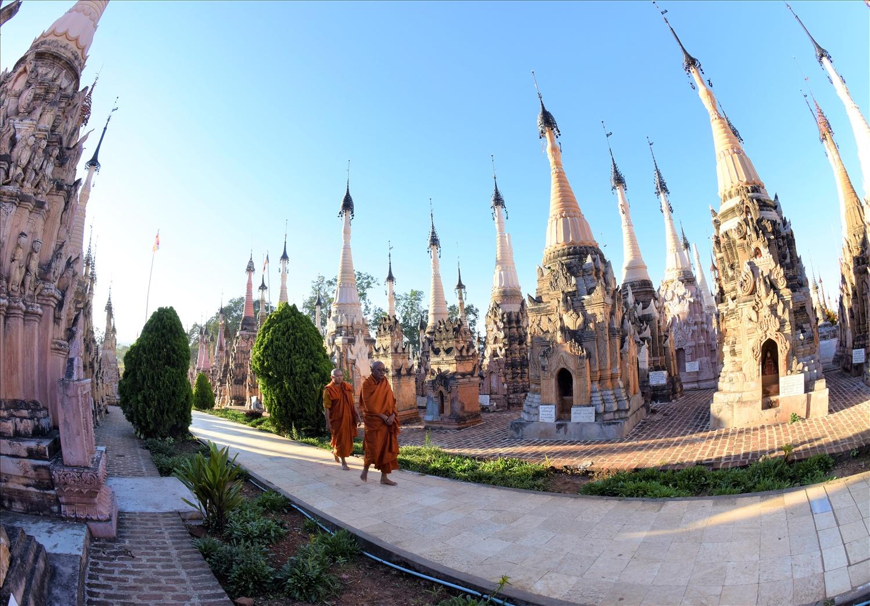 Một ngôi chùa với hàng trăm ngôi tháp ở tiểu bang Shan