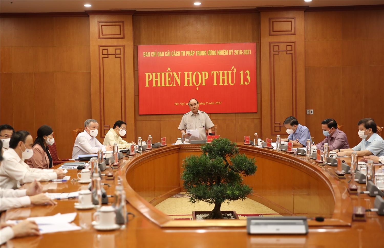 Các thành viên Ban Chỉ đạo tham dự Phiên họp thứ 13. Ảnh: VGP/Lê Sơn.