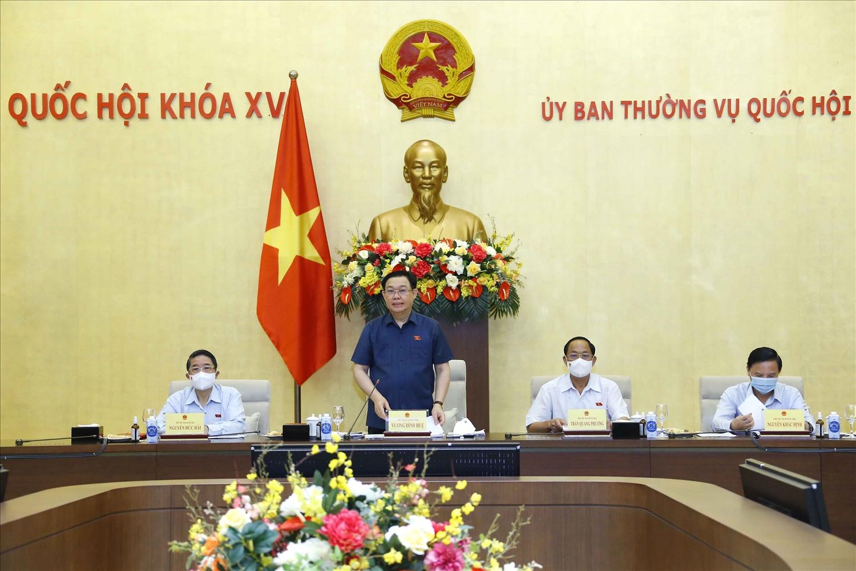 Chủ tịch Quốc hội Vương Đình Huệ phát biểu tại cuộc họp - Ảnh: VGP/Thành Chung
