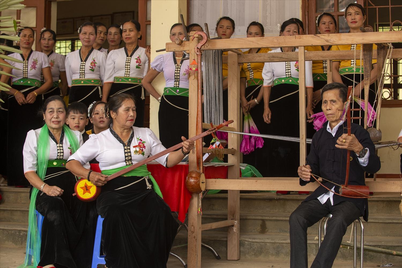 Hát Then - đàn tính, bộ môn nghệ thuật diễn xướng quan trong văn hóa tâm linh của người Thái Lai Châu