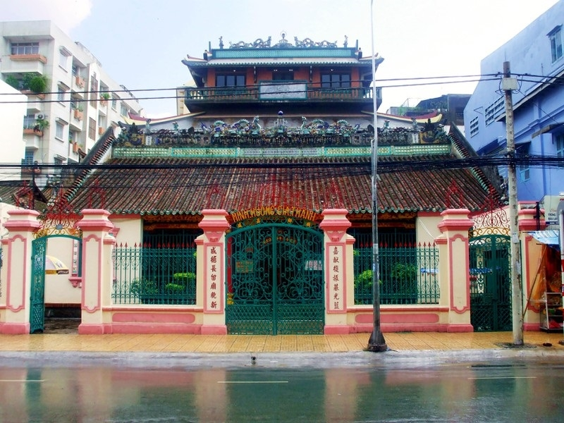 Chính điện Hội quán Minh Hương Gia Thịnh
