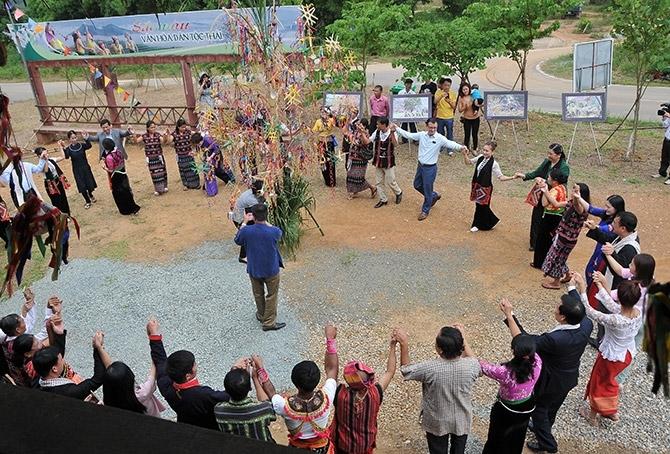 Không gian văn hóa dân tộc Thái đang góp phần lưu giữ và phát huy bản sắc dân tộc Thái, thể hiện nền văn hóa Việt Nam thống nhất trong đa dạng, cùng lan tỏa các giá trị văn hóa truyền thống của cộng đồng 54 dân tộc anh em tại Làng Văn hóa - Du lịch các dân tộc Việt Nam