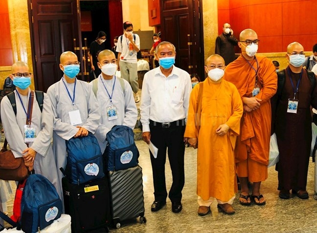 Các tình nguyện viên Phật giáo tham gia hỗ trợ phòng chống dịch Covid -19