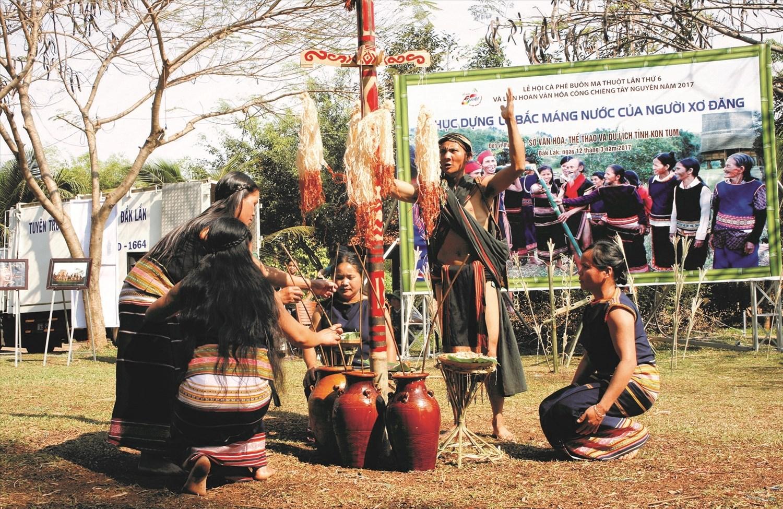 Việt Nam quan tâm bảo tồn văn hóa truyền thống tốt đẹp của các DTTS.