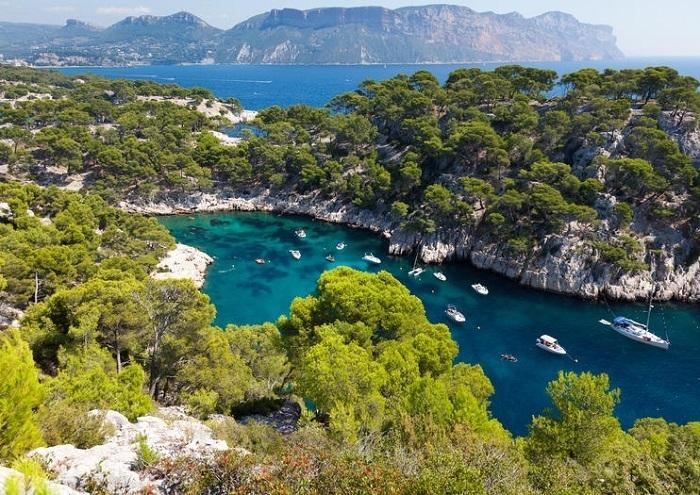Vườn quốc gia Calanques với khung cảnh thiên nhiên hùng vĩ. Ảnh: Wiki Travel