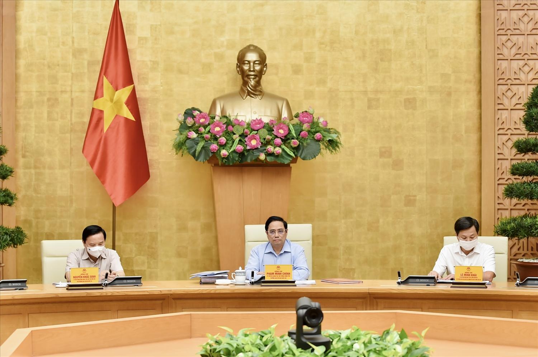 Thủ tướng Phạm Minh Chính, Trưởng Ban Chỉ đạo quốc gia phòng chống dịch COVID-19 chủ trì cuộc họp trực tuyến toàn quốc của Ban Chỉ đạo với các địa phương. Ảnh: VGP/Nhật Bắc