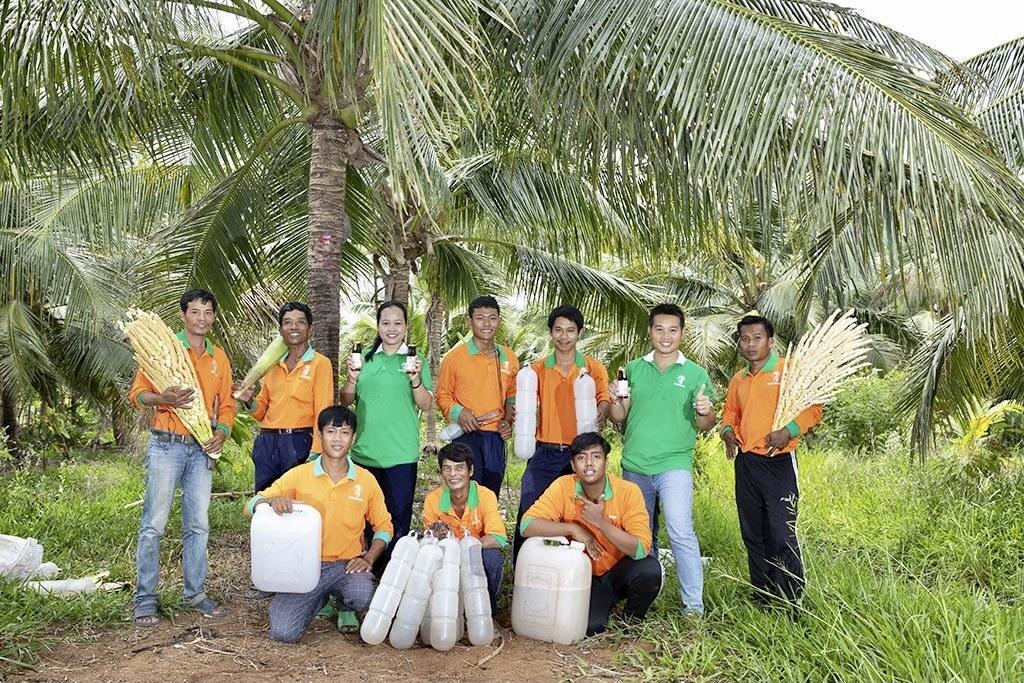 Phạm Đình Ngãi khởi nghiệp từ những giọt mật thơm ngát được tạo ra bởi những bàn tay nông dân chính hiệu tỉnh Trà Vinh.