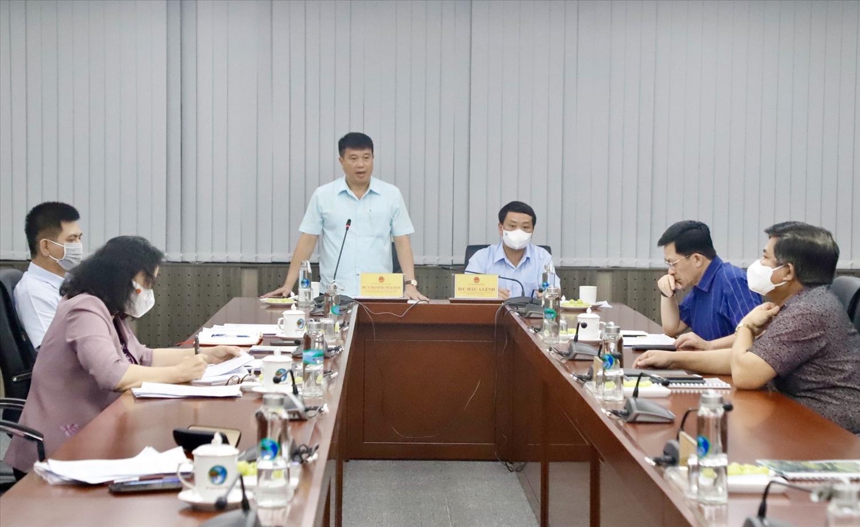 Chủ tịch Hội đồng Dân tộc của Quốc hội Y Thanh Hà Niê Kđăm phát biểu tại buổi làm việc