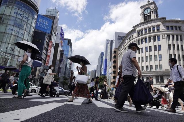 Chính phủ Nhật Bản dự kiến kéo dài tình trạng khẩn cấp tại thủ đô Tokyo. (Ảnh: AP)