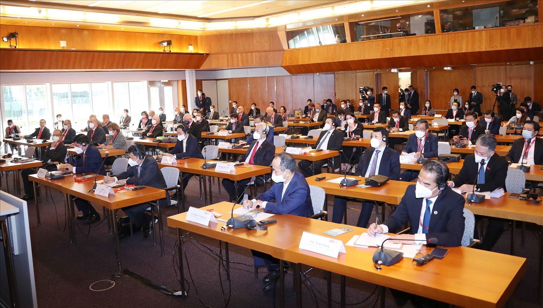Các đại biểu dự Diễn đàn doanh nghiệp Việt – Áo. Ảnh: Doãn Tấn