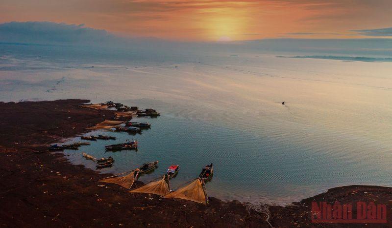 Bến Nôm đẹp ngỡ ngàng mùa nước cạn 11