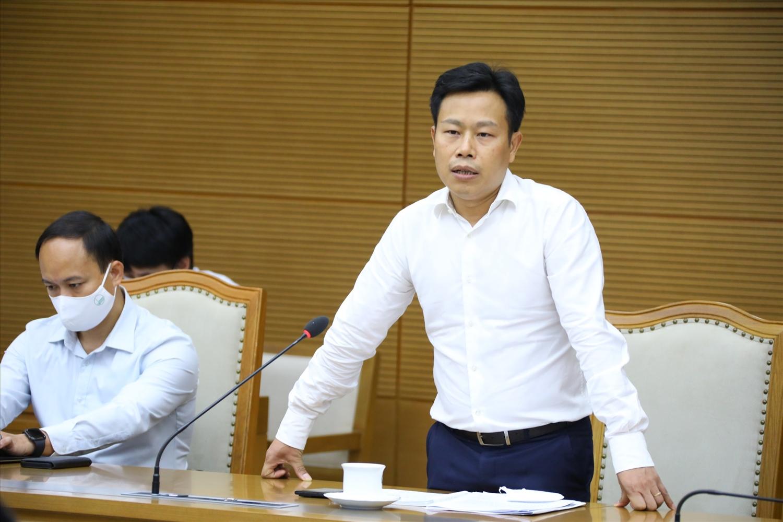 PGS.TS. Lê Quân, Giám đốc Đại học Quốc gia Hà Nội nêu ý kiến tại cuộc làm việc. Ảnh: VGP/Đình Nam