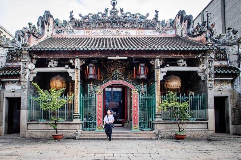 Chính điện Hội quán Tuệ Thành thuộc quận 5. TP. Hồ Chí Minh. (Ảnh chụp trước thời điểm bùng phát dịch Covid-19)