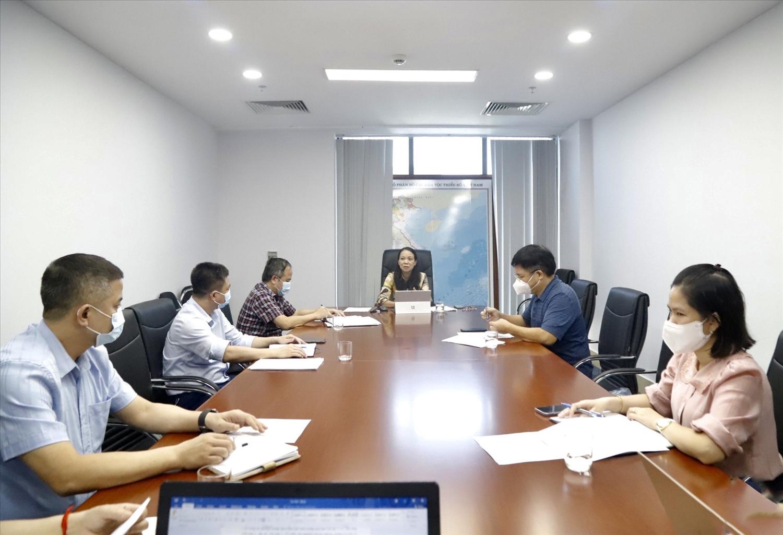 Các thành viên Thường trực Ban Chỉ đạo tham dự cuộc họp