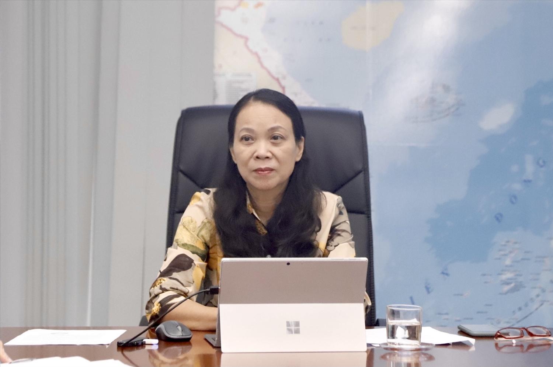Thứ trưởng, Phó Chủ nhiệm Hoàng Thị Hạnh chủ trì cuộc họp