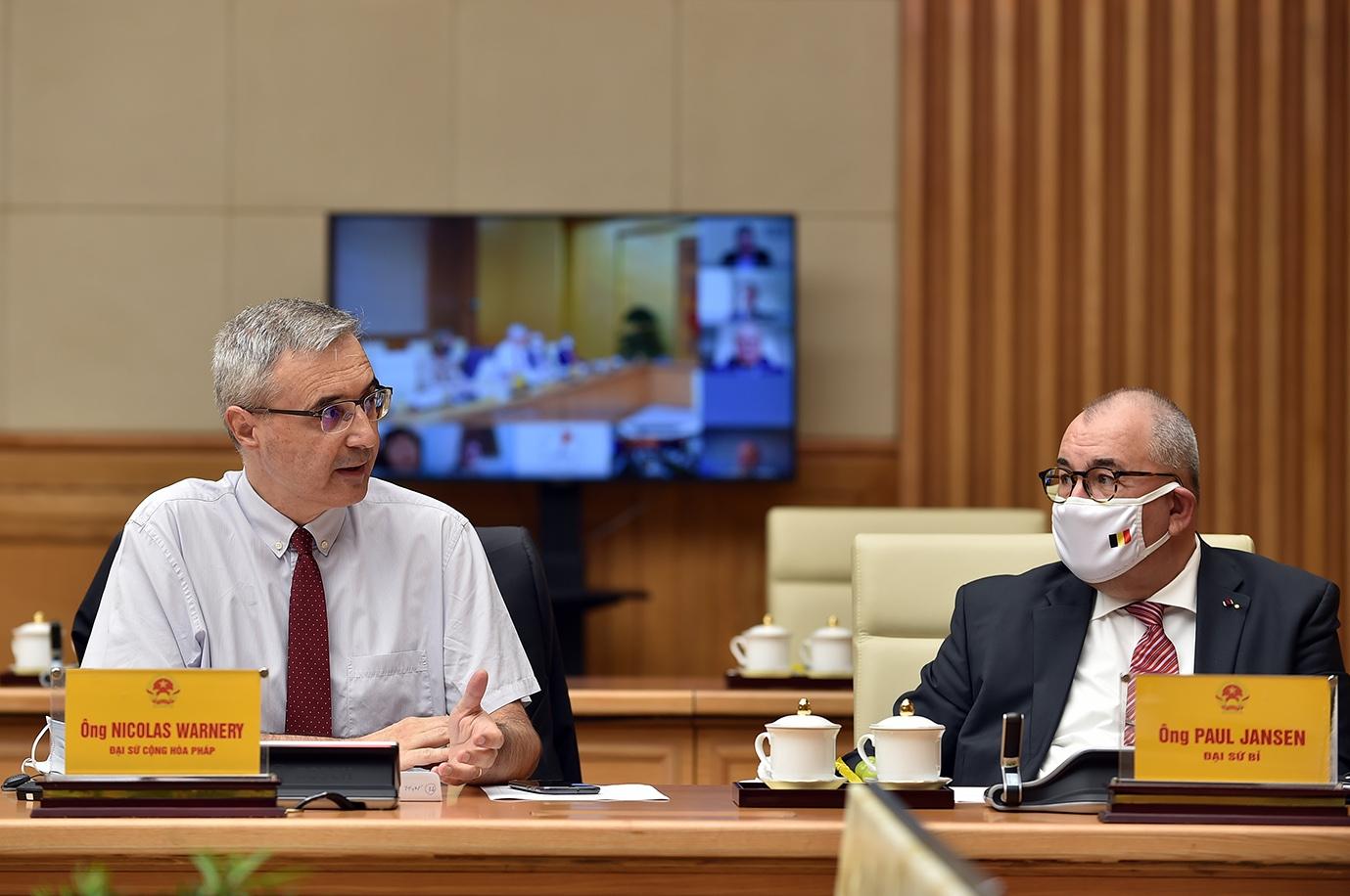 Ngài Nicolas Warnery, Đại sứ đặc mệnh toàn quyền Cộng hòa Pháp tại Việt Nam phát biểu tại cuộc làm việc. Ảnh: VGP/Nhật Bắc