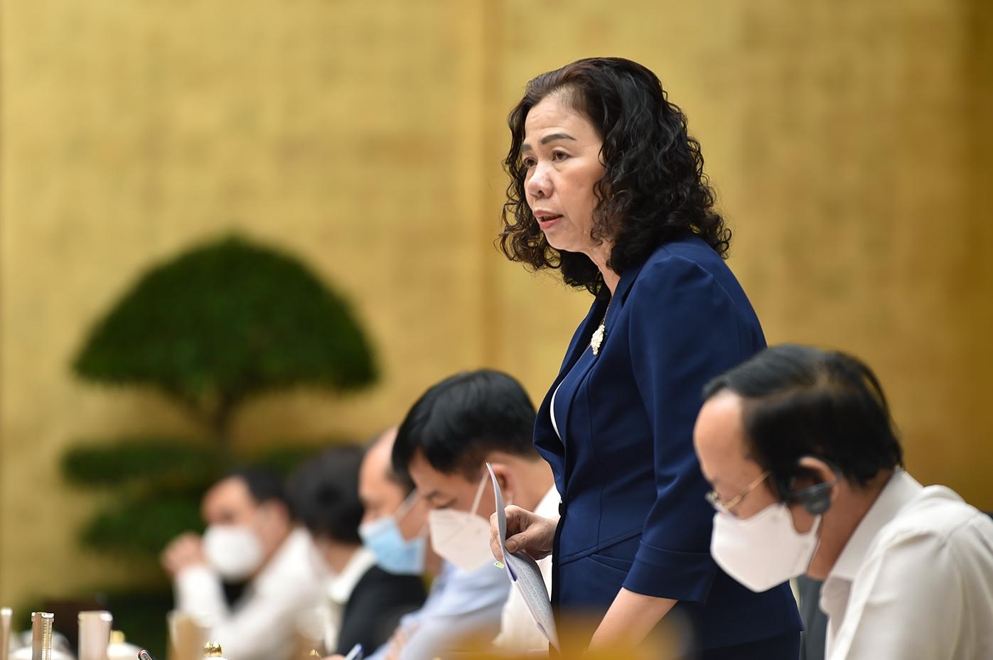 Lãnh đạo các Bộ ngành, địa phương giải đáp những kiến nghị, đề xuất của doanh nghiệp EU. Ảnh: VGP/Nhật Bắc