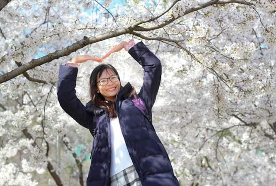 Lộ Nữ Hoàng Tiên luôn vui vẻ, yêu đời khi đang là nghiên cứu sinh tại Hàn Quốc. (Ảnh nhân vật cung cấp)