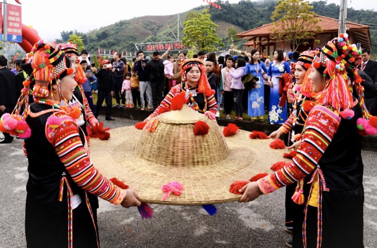 Khám phá văn hóa đồng bào các dân tộc luôn có sức hút với du khách trong và ngoài nước