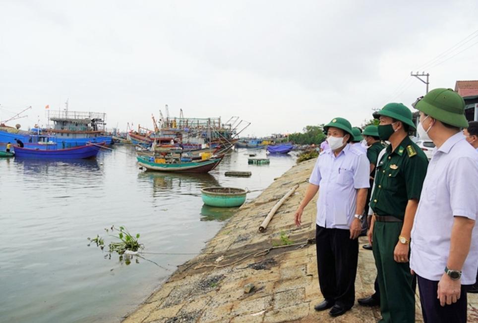 Lãnh đạo tỉnh Quảng Trị kiểm tra công tác phòng chống cơn Bão số 5 tại một số điểm xung yếu