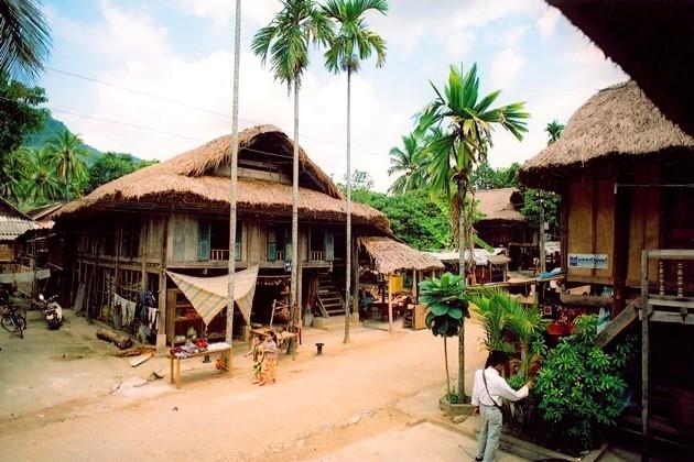 Những ngôi nhà sàn đơn sơ, bình yên của người Thái ở Mai Châu