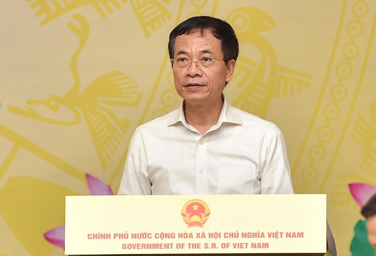 """Bộ trưởng Nguyễn Mạnh Hùng: """"Những gì đúng và động đến trái tim thì luôn đi xa và đi nhanh! Một lời hiệu triệu là cả triệu người theo!"""". Ảnh VGP/Nhật Bắc"""