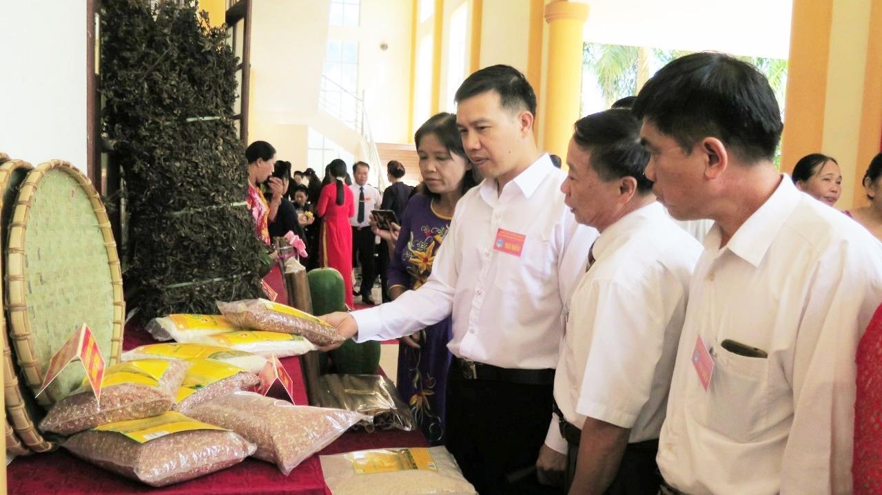 Sản phẩm gạo Bao thai hồng của HTX Nông sản sạch Tràng Định được giới thiệu tại nhiều hội chợ, triển lãm
