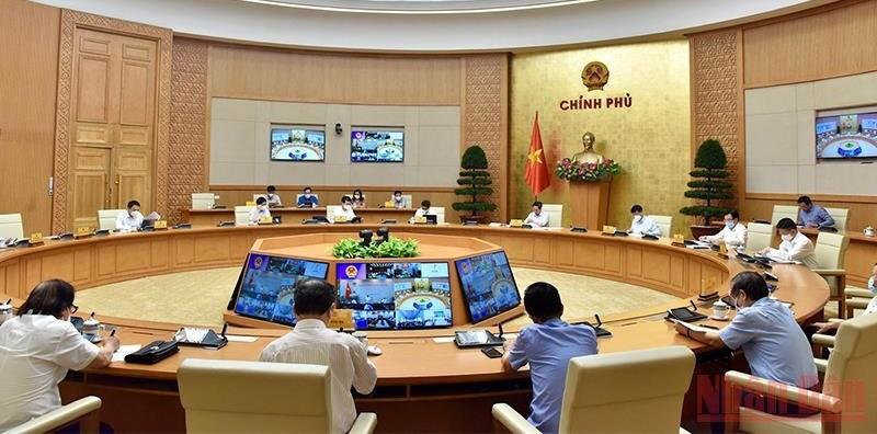 Thủ tướng Phạm Minh Chính chủ trì cuộc họp trực tuyến với hai tỉnh Tiền Giang và Kiên Giang.