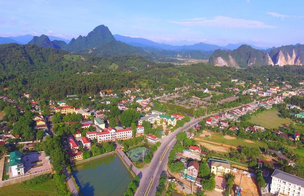 Một góc thị trấn huyện Anh Sơn ngày nay