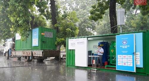 """2 container tạo ô xy, khí nén y tế di động do Việt Nam sản xuất chuẩn bị """"Nam tiến"""" phục vụ việc điều trị bệnh nhân Covid-19 ở các bệnh viện dã chiến"""