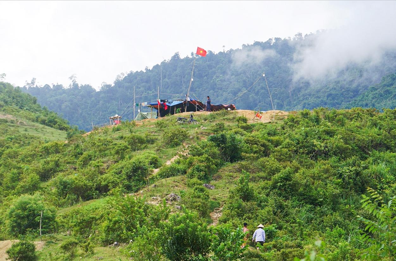 Hiện nay, để bảo đảm an ninh trật tự, huyện Văn bàn đã lập 3 chốt bảo vệ 24/24