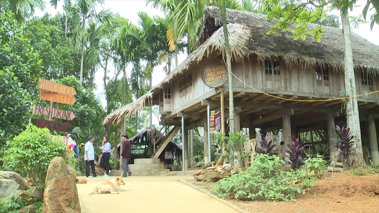 Bá Thước đã trở thành một trong những điểm đến hấp dẫn đối với các du khách ưa thích loại hình du lịch sinh thái, du lịch cộng đồng