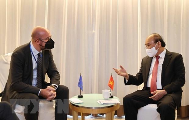 Chủ tịch nước Nguyễn Xuân Phúc gặp Chủ tịch Hội đồng Châu Âu Charles Michel. (Ảnh: Thống Nhất/TTXVN)