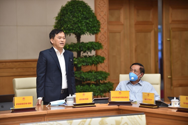 Các ý kiến tại hội nghị đều khẳng định đồng tình, nhất trí cao với quan điểm của Thủ tướng Chính phủ về việc cần thích ứng an toàn, linh hoạt, kiểm soát hiệu quả dịch bệnh - Ảnh: VGP/Nhật Bắc