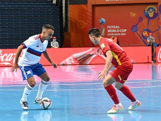 Từ cú hích mang tên World Cup, futsal Việt Nam cần được đầu tư để có thể cạnh tranh ngang ngửa, sòng phẳng với các đối thủ Ảnh: VFF