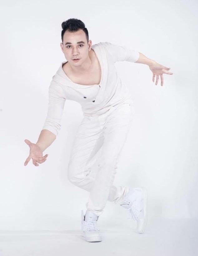 Nghệ sĩ múa Cao Duy Tùng