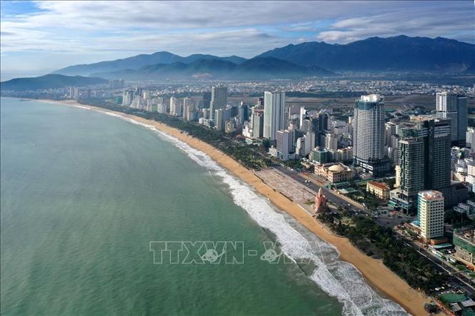 """Nha Trang được ví với """"Hòn ngọc Viễn Đông"""" - điểm du lịch hấp dẫn đối với du khách trong và ngoài nước. Ảnh: TTXVN"""