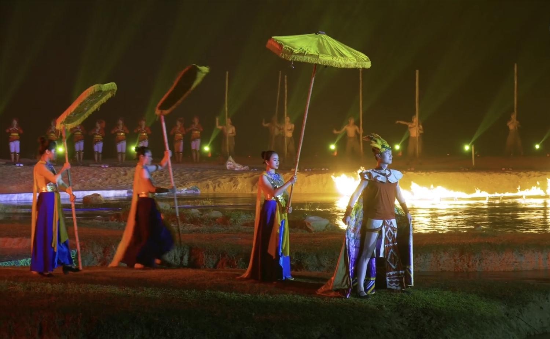 Lễ hội Ánh sáng thác Bản Giốc do nghệ sĩ Cao Duy Tùng làm tổng đạo diễn