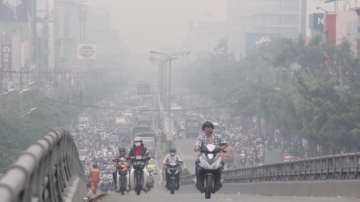 Ô nhiễm bụi mịn tại Hà Nội hồi tháng 1 năm 2021 (Thời điểm Hà Nội chưa giãn cách xã hội do dịch Covid-19)