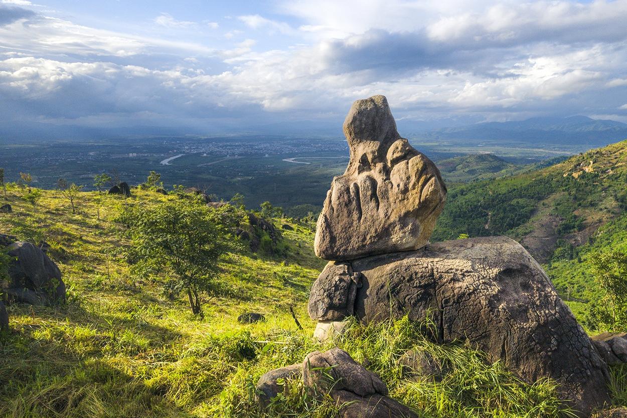 Núi Chư Hreng - Điểm đến hấp dẫn của giới trẻ Kon Tum 3