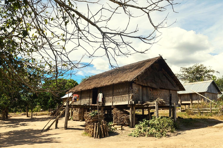 Một ngôi nhà cổ của làng Kon Sơ Lal hôm nay