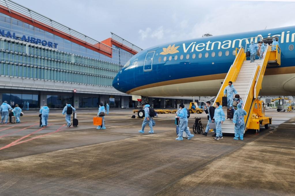 Trong tháng 9, tỉnh Quảng Ninh đã thực hiện đón 4 chuyến bay có hộ chiếu vắc xin