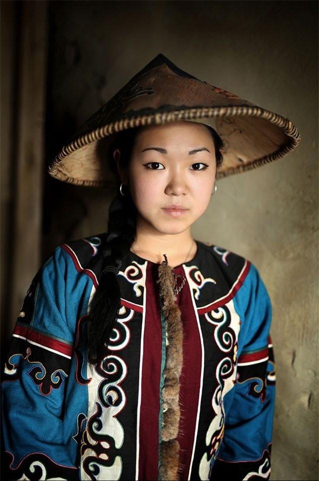 Người phụ nữ bản địa Ulchi từ Viễn Đông Siberia