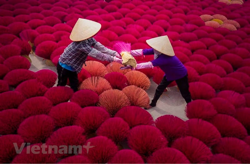 Quảng Phú Cầu là một trong những làng nghề làm hương nổi tiếng nhất Hà Nội, cũng là nơi lưu giữ nghề làm hương tồn tại hơn một thế kỉ qua. (Ảnh: PV/Vietnam+)