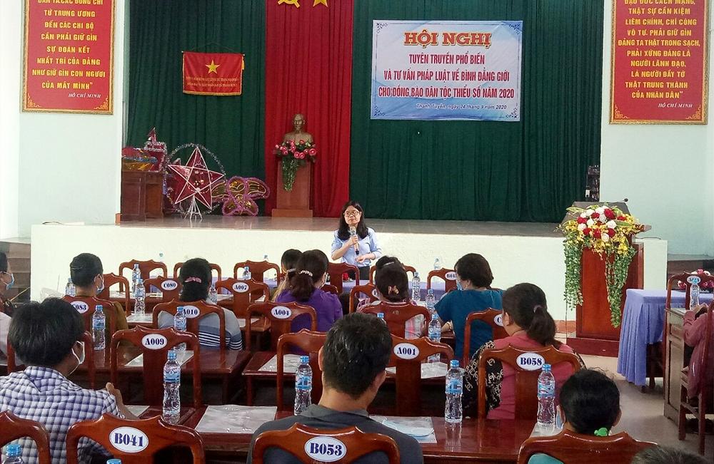 Một Hội nghị Tuyên truyền, phổ biến và tư vấn pháp luật về bình đẳng giới cho đồng DTTS xã Thanh Tuyền, huyện Dầu Tiếng, tỉnh Bình Dương, năm 2020