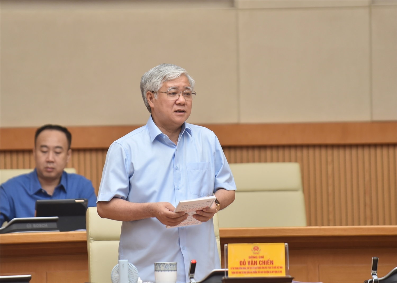 Chủ tịch Ủy ban Trung ương MTTQ Việt Nam Đỗ Văn Chiến cho rằng trong thời gian qua, đã có những quyết định mang tính bước ngoặt trong công tác phòng chống dịch. Ảnh: VGP/Nhật Bắc