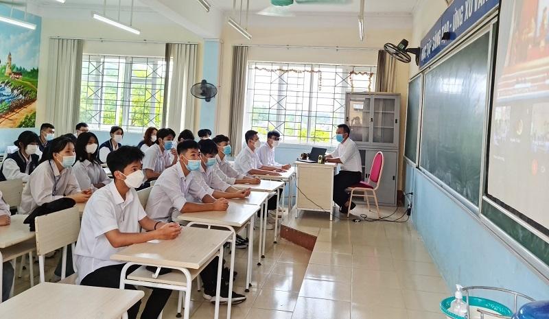 Tính đến ngày 8/10, cả nước có 23 địa phương đang tổ chức dạy học trực tiếp cho 100% học sinh.