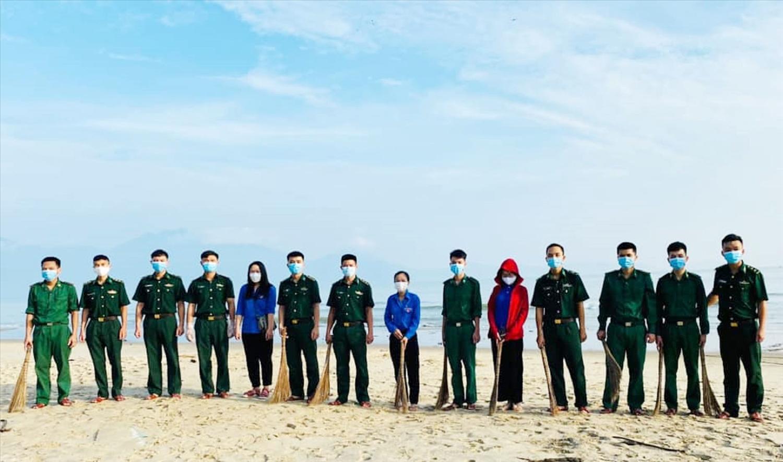 BĐBP Đà Nẵng phối hợp cùng các đơn vị chức năng chung tay làm sạch biển