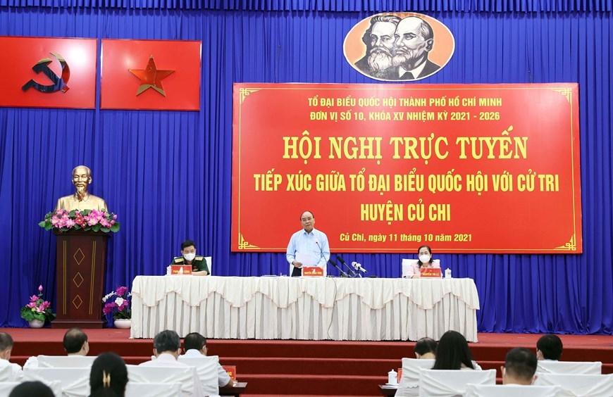 """Chủ tịch nước Nguyễn Xuân Phúc: Củ Chi cố gắng giữ vững """"vùng xanh"""", góp phần phát triển kinh tế - xã hội của thành phố"""